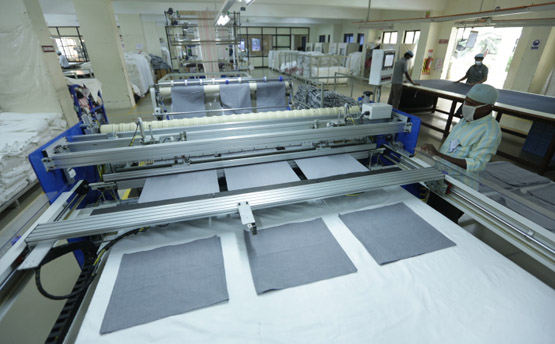 Automation Cross Cutting and Hemming